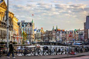 lėktuvo bilietai į Amsterdamą