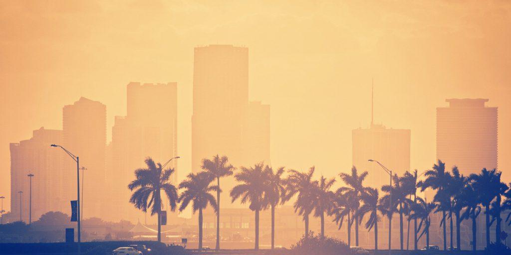 pigūs skrydžiai į Majamį